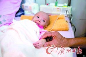 女婴出生时6.8斤9个月后7斤,查不出病因
