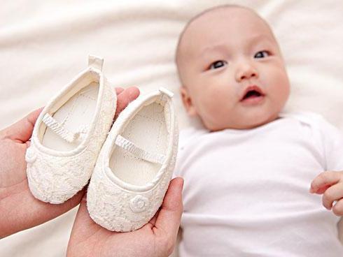 妈妈给孩子选鞋的4大误区,千万要注意!