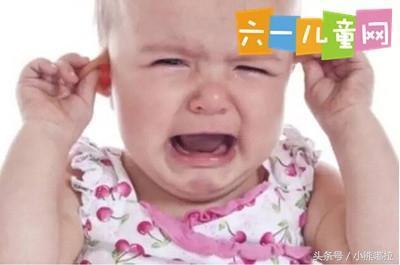 这些行为可能会伤害宝宝的听力 家长千万