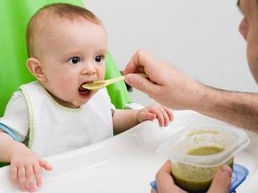 宝宝的第一顿辅食,妈妈你做对了吗?